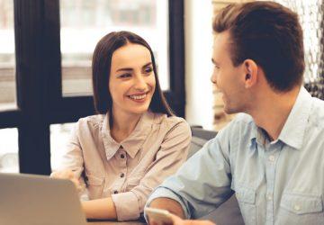 unga par på jobbet